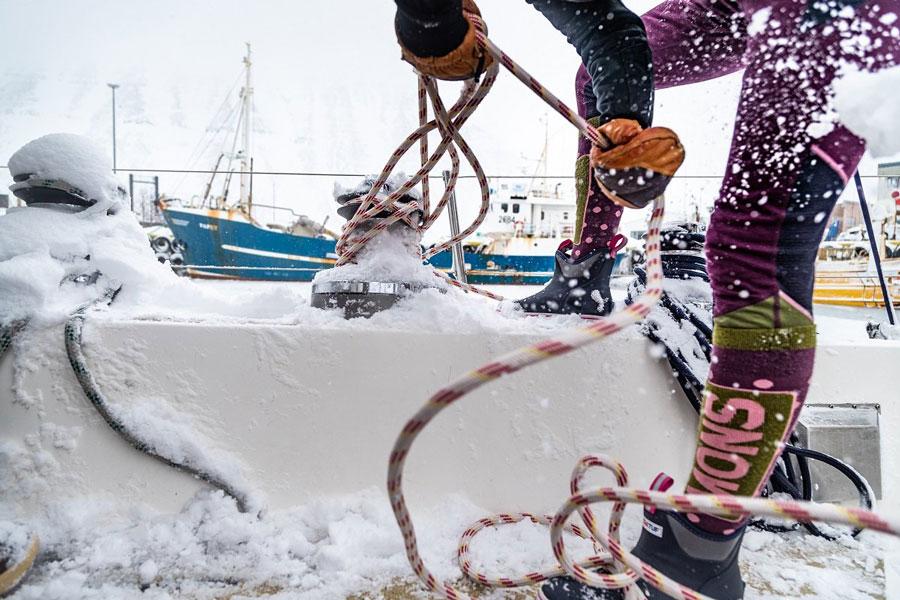 Tying knots on a snowy deck